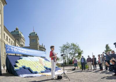 BERNE - 08.09.2020 - Dépôt des signatures de la double initiative. © Béatrice Devènes